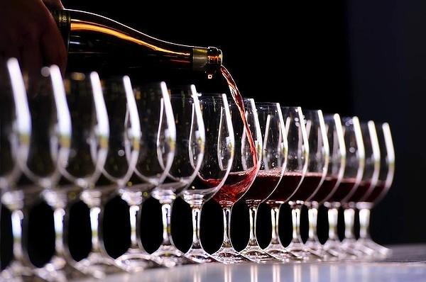 Resultado de imagem para avaliação nacional de vinhos